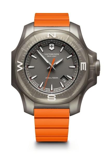 Victorinox 241758 I.N.O.X. Titanium hodinky